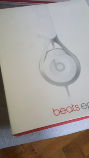 Beats do headphones for Sale in Puyallup, WA
