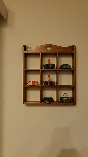 Small Shelf to place decorative arts for Sale in Charlotte, NC