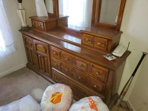 Vanity with mirror for Sale in Germantown, MD