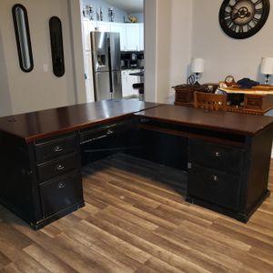 L Shaped Desk - FREE for Sale in Surprise, AZ
