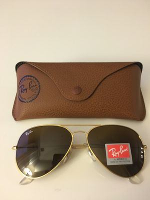Brand New Authentic RayBan Aviator Sunglasses for Sale in Las Vegas, NV
