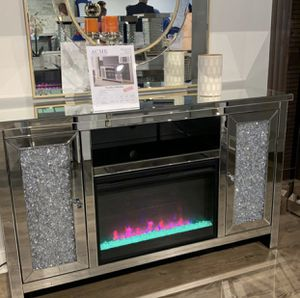 Mirrored crystal tv stand fireplace 🔥⭐️FINANCING AVAILABLE for Sale in Miami, FL