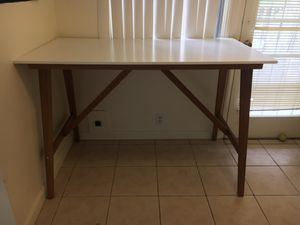 Bar Table or Stand up desk for Sale in San Diego, CA