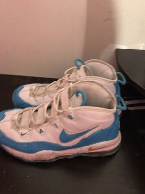 Nike shoes for Sale in Fairview Heights, IL