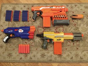 Nerf gun lot with Demolisher, Dual Strike, Alphahawk, and more. All for 40$ for Sale in Los Angeles, CA