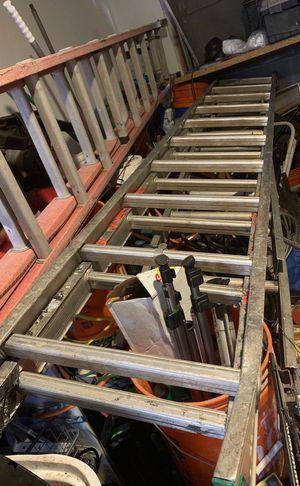 20 foot Aluminum extension ladders for Sale in Austin, TX