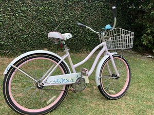"""Cute 24"""" Huffy Cranbrook - Nice bike with Whale Squeak Bell for Sale in Long Beach, CA"""