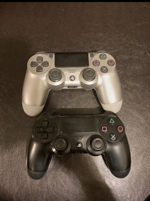 Ps4 controller for Sale in Bell Gardens, CA