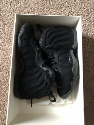 Size 5 black little posite One for Sale in Crownsville, MD