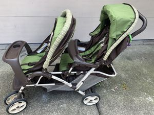 Double Stroller for Sale in North Olmsted, OH