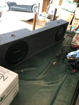 Fosgate speakers & box made to fit Chevy Silverado for Sale in Fresno, CA