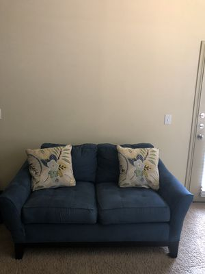 Blue Love Seat - including Pillows for Sale in Lewisville, TX