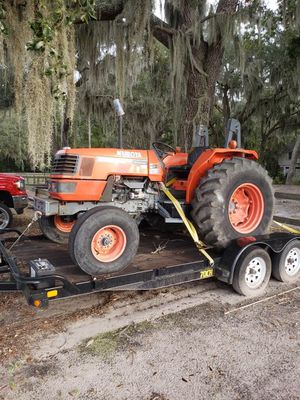 Kubota tractor for Sale in Midway, GA