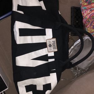 Victoria's secrete duffle bag for Sale in Natick, MA