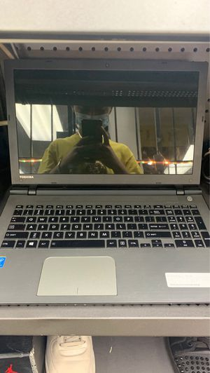 Toshiba laptop 1tb for Sale in Fort Lauderdale, FL