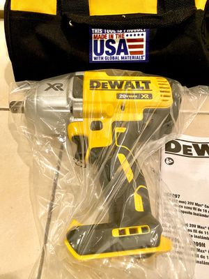 DeWalt impact wrench 1/2 inch 1,200 ft lbs of torque for Sale in Houston, TX
