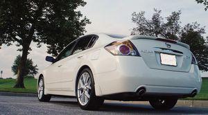 Runs good 2007 Nissan Altima Clean interior for Sale in Salt Lake City, UT