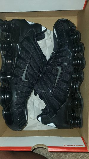 NIKE SHOX TL for Sale in Landover, MD