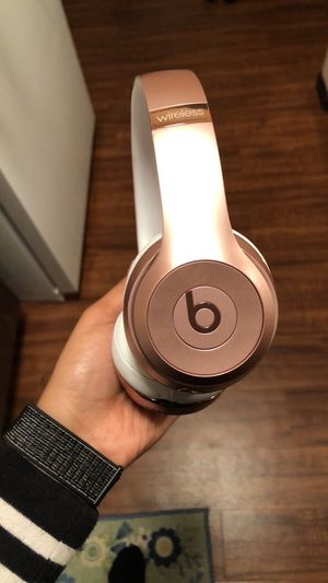 Beats by Dre for Sale in Saint Paul, MN