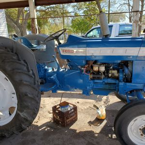 Ford Tractor for Sale in Alvin, TX