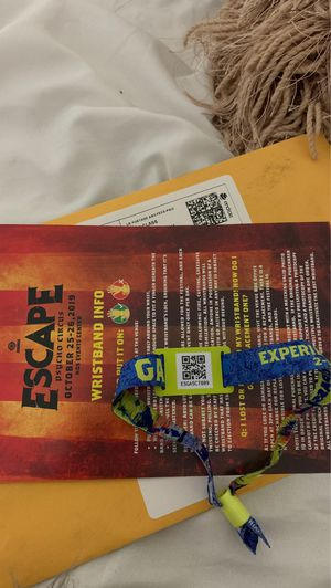 Escape psycho circus ticket for Sale in Escondido, CA