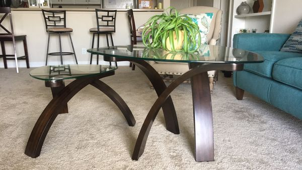 Trendy Coffee Table and Side Table