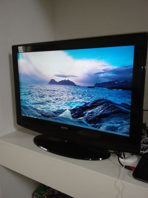 """32"""" Flat Screen TV for Sale in Huntley, IL"""
