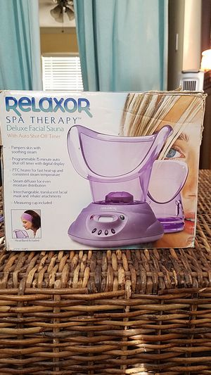 Relaxor spa therapy deluxe facial steamer for Sale in San Diego, CA