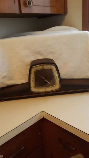 Antique clock for Sale in Milwaukie, OR