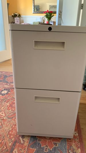 Light grey/white filing cabinet for Sale in Westminster, CO