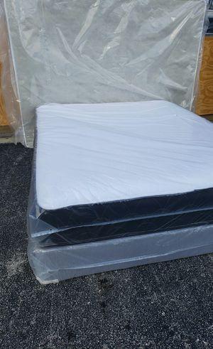 NEW QUEEN MATTRESS AND BOX SPRING SET for Sale in Boynton Beach, FL
