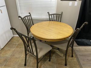 Table and chairs for Sale in Apache Junction, AZ