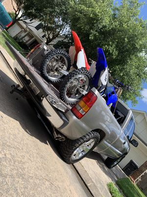 looking for a pit bike that needs work!! for Sale in Cypress, TX