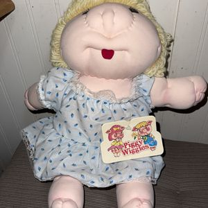 Vintage Dan Dee Piggy Wiggies 1979 Doll With Tag Cloth Doll Blonde for Sale in Casselberry, FL