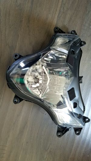 GSXR 1000 headlight assembly for Sale in Clarksburg, MD