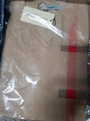 Burberry tshirts for Sale in Brooklyn, NY