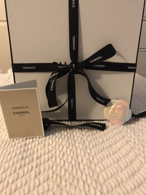 Chanel wrapping set for Sale in Huntington Beach, CA
