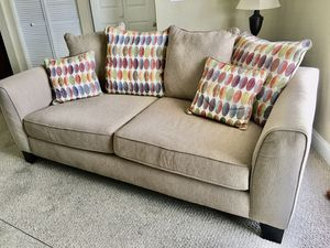 Convertible Sofa (Converts to a Queen Size Bed) for Sale in Palm Harbor, FL