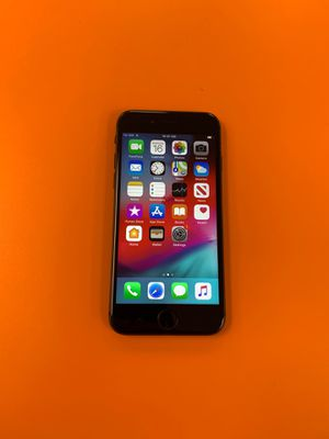 Verizon unlocked iPhone 8 64 Gb for Sale in Walled Lake, MI