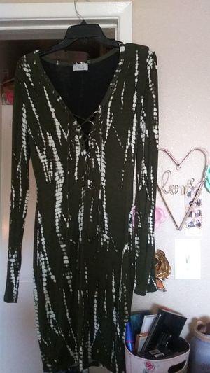 Ladies dress large for Sale in Riverside, CA