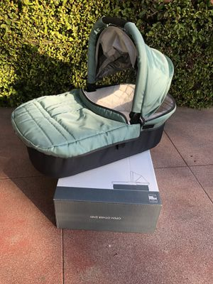 Uppa Baby Bassinet for Sale in Los Angeles, CA