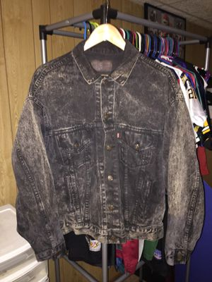 Levi's denim washed jacket for Sale in Sykesville, MD