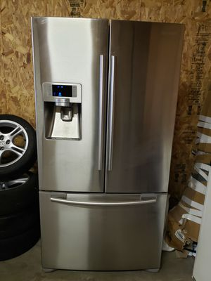 SAMSUNG REFRIGERATOR for Sale in New Holland, PA