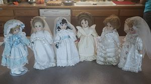 Danbury mint bride doll collection. for Sale in Prineville, OR