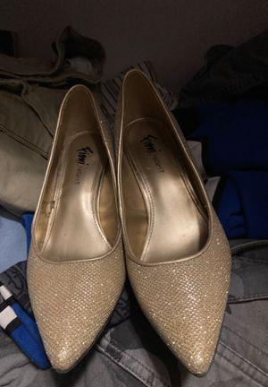 Gold sparkle heels size 5.5 for Sale in Atlanta, GA