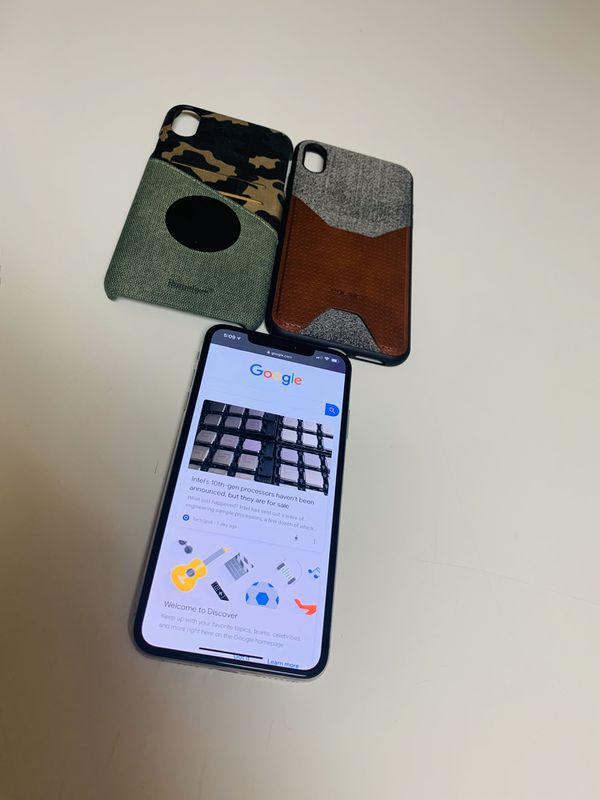 Apple iPhone XS Max, 64GB, Excellent Condition + accessories