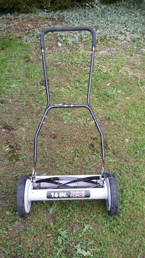 """16"""" TASK FORCE REEL LAWN MOWER for Sale in Clyde Hill, WA"""