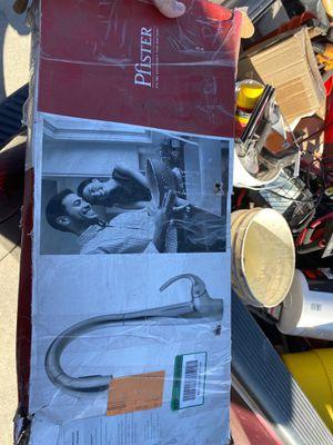 $30 for Sale in Los Alamitos, CA