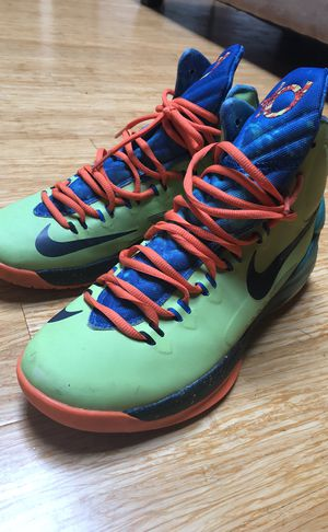 KD IV Area 72 Size 9.5 for Sale in Baltimore, MD