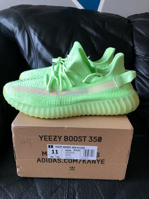 adidas Yeezy Boost 350 V2 Glow Size 11 for Sale in Philadelphia, PA